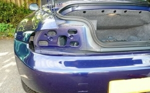 BMW Z3 changing rear light clusters (pre facelift)