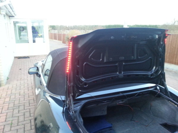 bmw z3 battery drain how do you replace the battery on a 2002 bmw x5 autos post diy oil filter. Black Bedroom Furniture Sets. Home Design Ideas