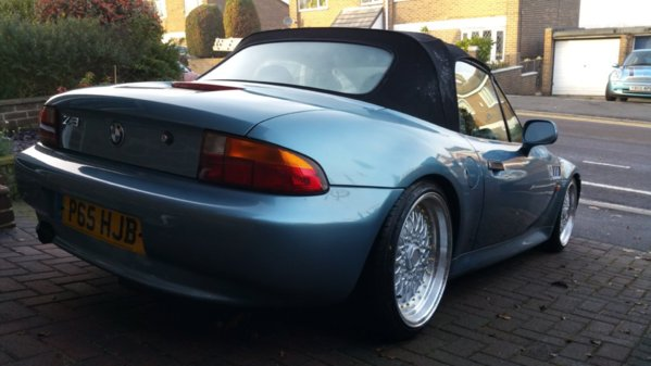 for sale 1 9 1997 abit different bmw z1 z4 z8 z3 forum and technical dat. Black Bedroom Furniture Sets. Home Design Ideas
